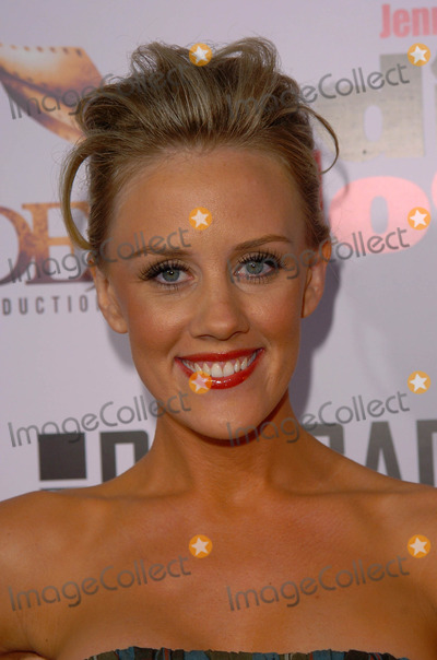 Amy McCarthy Photo - Amy McCarthyat the Premiere of Jenny McCarthys Dirty Love at the Arclight Theaters Hollywood CA 09-19-05