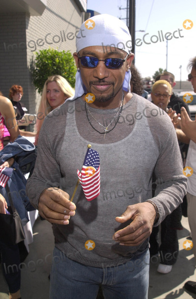 911 Photo -  MONTEL WILLIAMS at the celebrity recording of We Are Family to benefit the victims of New Yorks 9-11 tragedy 09-23-01