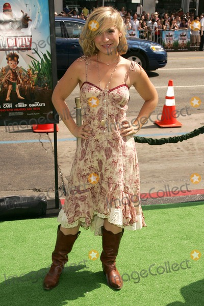 Allison Mack Photo - Allison Mackat the premiere of The Ant Bully Graumans Chinese Theatre Hollywood CA 07-23-06