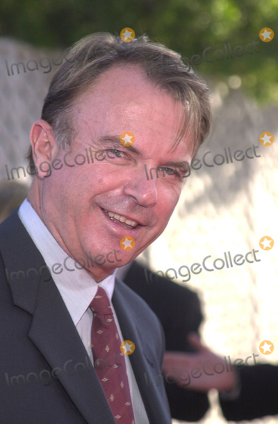 Sam Neill Photo - Sam Neill at the premiere of Universals Jurassic Park III at the Universal Amphitheater Universal City 07-16-01