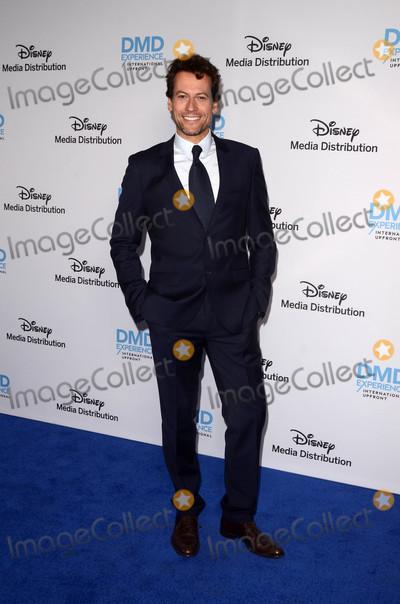 Ioan Gruffudd Photo - Ioan Gruffuddat the Disney ABC International Upfront Walt Disney Studios Burbank CA 05-20-18