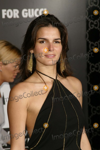 Angie Harmon Photo - Angie Harmon at the Rodeo Drive Walk Of Style Honoring Tom Ford Rodeo Drive Beverly Hills CA 03-28-04