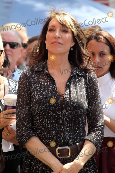 Katie Segal Photo - Katy Segalat the Ed ONeill Hollywood Walk Of Fame Induction Ceremony Hollywood CA 08-30-11