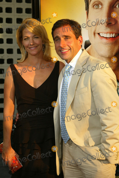 Steve Carell Photo - Nancy Walls and Steve Carell at the World Premiere of the 40 Year-Old Virgin Arclight Hollywood Hollywood CA 08-11-05