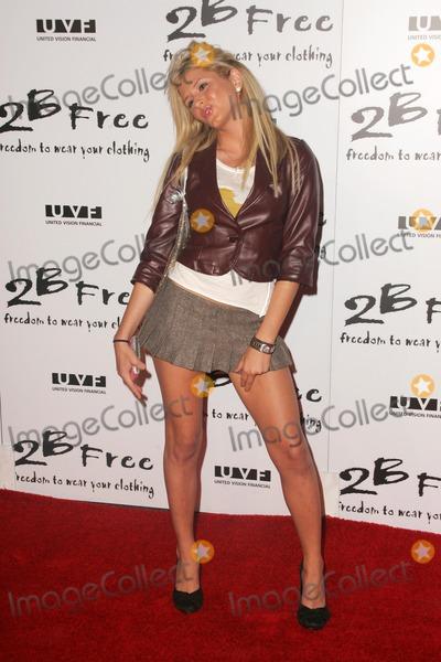 Anastasia Photo - Anastasia Ashleyarriving at 2 Be Frees Spring 2006 Collection Paramount Studios Hollywood CA 10-15-05