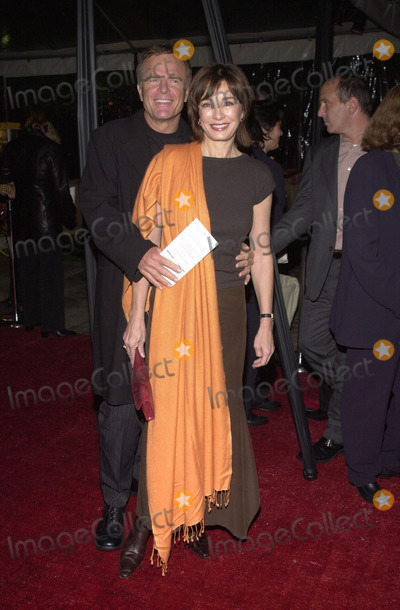 Anne Archer Photo -  Anne Archer and husband Terry Jastrow at the premiere of Paramounts DOMESTIC DISTURBANCE at Paramount Studios Hollywood 10-30-01