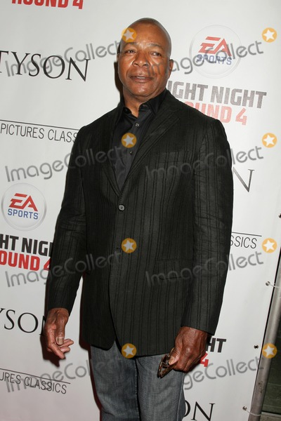 Carl Weathers Photo - Carl Weathersat the Los Angeles Premiere of Tyson Pacific Design Center West Hollywood CA 04-16-09