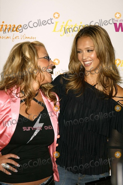 Anastacia Photo - Anastacia and Jessica Alba at the Fourth Annual Women Rock - Songs From The Movies concert by Lifetime Television Kodak Theater Hollywood CA 09-30-03