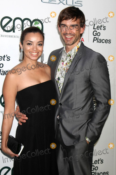 Anel Lopez Photo - Anel Lopez Christopher Gorhamat the Environmental Media Awards 2015 Warner Brothers Studio Burbank CA 10-24-15