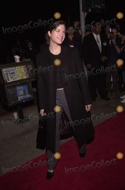 Selma Blair Photo -  Selma Blair at the premiere of the 20th Cenury Fox film HERE ON EARTH in Santa Monica 03-15-00