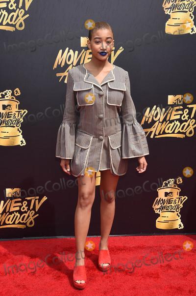 Amandla Stenberg Photo - Amandla Stenbergat the 2017 MTV Movie  TV Awards Arrivals Shrine Auditorium Los Angeles CA 05-07-17