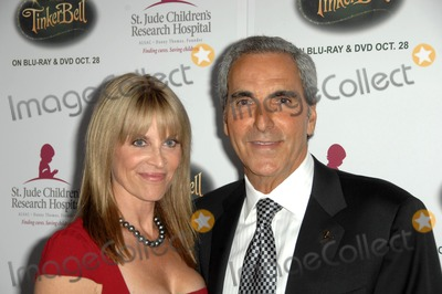Tony Thomas Photo - Tony Thomas and wife at the 5th Annual Runway For Life Gala Benefitting St Jude Childrens Hostpital Beverly Hilton Hotel Beverly Hills CA 10-11-08