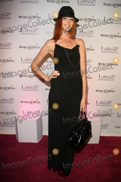 AMANDA FIELD Photo - Amanda Fields at the Launch Party for Latisse benefiting the Make a Wish Foundation 800 North La Cienega Los Angeles CA 03-26-09