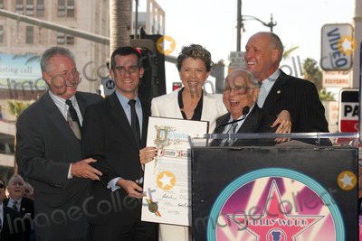 Angel City Photo - Annette Bening with Johnny Grant and the Los Angeles City Councilat the ceremony honoring Annette Bening with the 2324th Star on the Hollywood Walk of Fame Hollywood Boulevard Hollywood CA 11-10-06