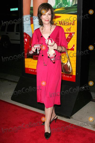 Jane Kaczmarek Photo - Jane Kaczmarekat the Wizard of Oz Ruby Red Slipper DVD Gala Screening Samuel Goldwyn Theatre Beverly Hills CA 10-19-05