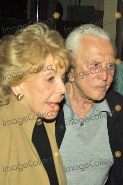 Anne Douglas Photo - Kirk and Anne Douglas at Mr Chows Restaurant in Beverly Hills CA 06-23-04