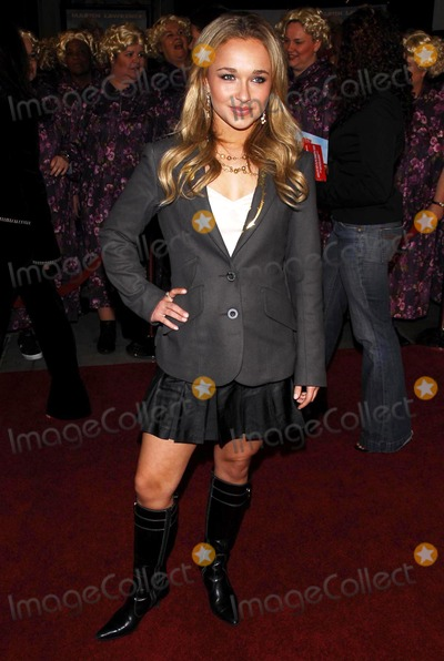 Hayden Panettiere Photo - Hayden Panettiereat the premiere of Big Mommas House 2 Graumans Chinese Theatre Hollywood CA 01-25-06