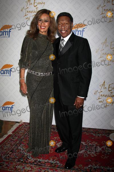 Alfred Mann Photo - Marilyn McCoo Billy Davis Jrat the 10th Alfred Mann Foundation Gala Robinson-May Lot Beverly Hills CA 10-13-13