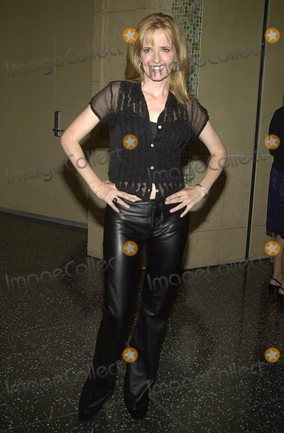 Lea Thompson Photo - Lea Thompson at the Third Annual Women Rock  Girls  Guitars concert by Lifetime Television Kodak Theater Hollywood CA 10-10-02