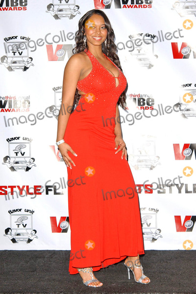 Esther Baxter Photo - Esther Baxterin the press room at the 3rd Annual Vibe Awards Sony Studios Culver City CA 11-12-05