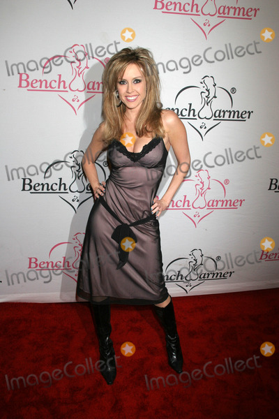 Leigh Ann Spence Photo - Leigh Ann Spenceat the Bench Warmer Trading Cards Holiday Party and Toy Drive Area Los Angeles CA 12-20-06
