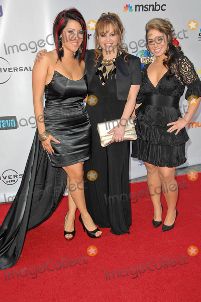 Chiquis Marin Photo - Raquel Raq-C Cordova Jenni Rivera and Janney Chiquis Marinat The Cable Show 2010 An Evening With NBC Universal Universal Studios Universal City CA 05-12-10