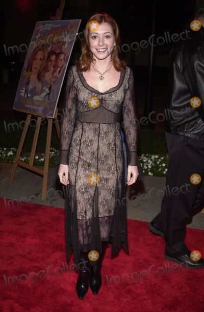 Alyson Hannigan Photo - Alyson Hannigan at the screening of Buffy The Musical at Paramount Studios Hollywood 11-02-01