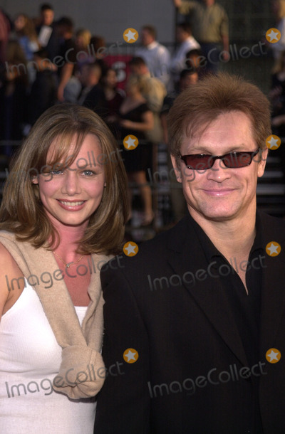 Andrew Stevens Photo -  Andrew Stevens and wife at the premiere of Warner Brothers Driven at the Chinese Theater Hollywood 04-16-01