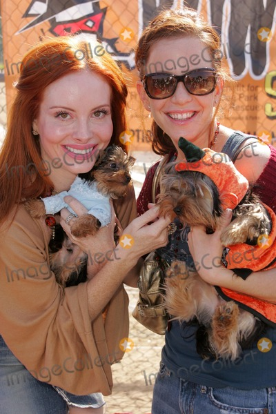 Bow Wow Photo - Phoebe Price and Amy Davidsonat the Fourth Annual Much Love Animal Rescue Bow Wow Ween Barrington Dog Park Los Angeles CA 10-30-05