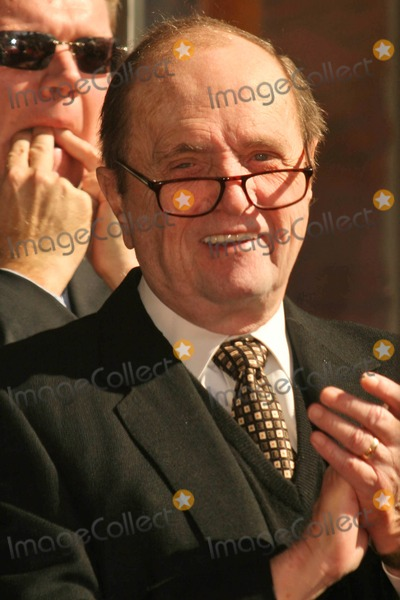 Bob Newhart Photo - Bob Newhartat the Ceremony Posthumously Honoring Suzanne Pleshette with a star on the Hollywood Walk of Fame Hollywood Boulevard Hollywood CA 01-31-08