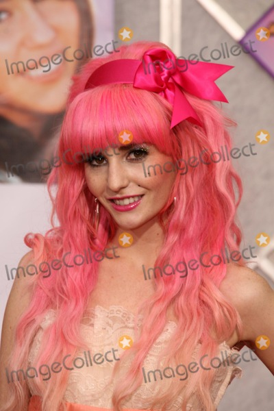 Audrey Kitching Photo - Audrey Kitchingat the Los Angeles Premiere of Hannah Montana The Movie El Capitan Theatre Hollywood CA 04-02-09