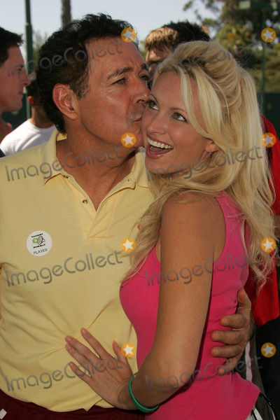 Aubrie Lemon Photo - Barry Williams and Aubrie Lemonat the 11th Annual Celebrity Tennis Tournament Racquet Rumble 2006 Riviera Tennis Club Pacific Palisades CA 09-17-06