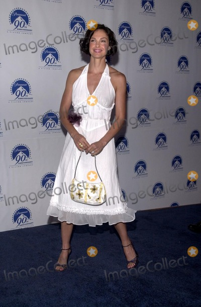 Ashley Judd Photo - Ashley Judd at the Paramount Pictures Celebrates 90th Anniversary with 90 stars for 90 years Los Angeles CA 07-14-02