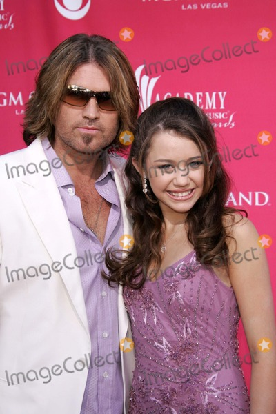 Billy Ray Cyrus Photo - Billy Ray Cyrus and daughter Destiny Cyrusat the 41st Annual Academy Of Country Music Awards MGM Grand Las Vegas NV 05-23-06