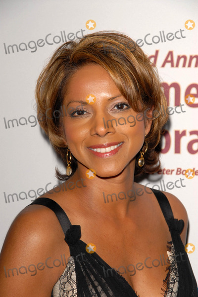 Asha Blake Photo - Asha Blakeat the International Myeloma Foundations 3rd Annual Comedy Celebration for the Peter Boyle Memorial Fund Wilshire Ebell Theater Los Angeles CA 11-07-09