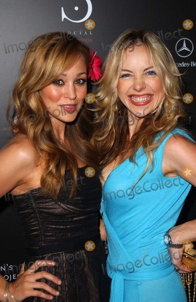 Autumn Reeser Photo - Autumn Reeser and Shirly Brenerat the Grand Opening of Social Hollywood Social Hollywood Hollywood CA 06-27-06