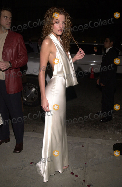 Alexis Thorpe Photo -  Alexis Thorpe at the Monique Lhuillier Boutique opening Beverly Hills 02-22-01
