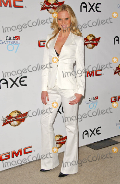 Anne V Photo - Anne Vat the 2007 Sports Illustrated Swimsuit Issue Party Pacific Design Center West Hollywood CA 02-14-07