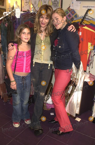 Alex M Photo - Jennifer Blanc with Designer Monah Li and her daughter Lili at the Icecubes By Alex M Trunk Show at Blancs 5224 Hollywood Blvd Los Angeles CA 11-10-02