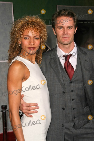 Michelle Hurd Photo - MIchelle Hurd and Garret Dillahuntat the Los Angeles Premiere of No Country For Old Men El Capitan Theater Hollywood CA 11-04-07