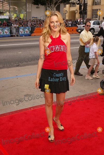 Scooby-Doo Photo - Alicia Silverstone at the World Premiere of Warner Bros Scooby Doo 2 Monsters Unleashed at the Chinese Theater Hollywood CA 03-20-04