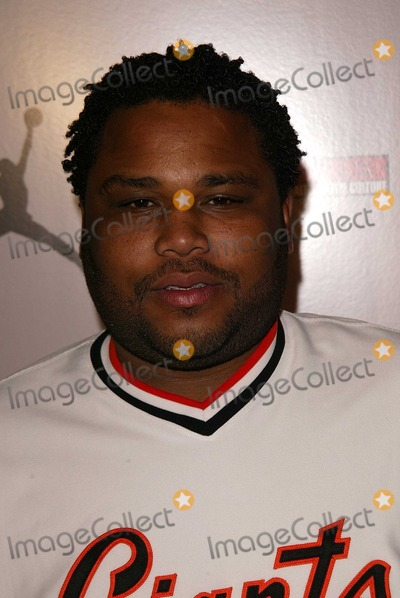 Anthony Anderson Photo - Anthony Anderson at the launch party for the Jordan MP3 Player Cinespace Hollywood CA 12-03-03