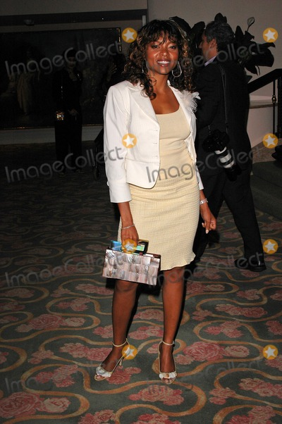 Taraji P Henson Photo - Taraji P Henson at the 5th Annual Lupus LA Gala An Evening of Love Light  Laughter at the Beverly Hills Hotel Beverly Hills CA 10-08-04
