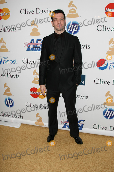 JC Chasez Photo - Chace CrawfordJC Chasezat the Clive Davis Pre-Grammy Awards Party Beverly Hilton Hotel Beverly Hills CA 02-12-11