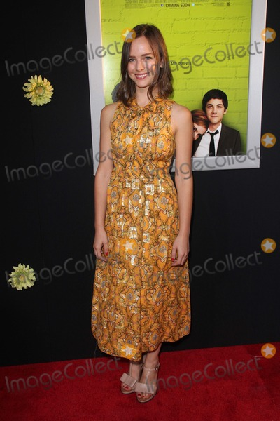 Allison Miller Photo - Allison Millerat The Perks of Being a Wallflower Los Angeles Premiere Arclight Hollywood CA 09-10-12