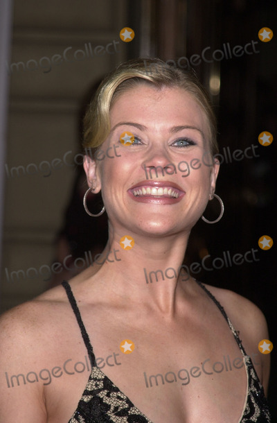 Alison Sweeney Photo - Alison Sweeney at the 28th Annual Peoples Choice Awards Pasadena Civic Auditorium 01-13-02