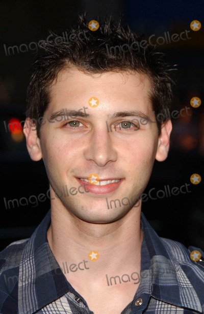 Justin Berfield Photo - Justin Berfieldat the Los Angeles Premiere of Blades of Glory Manns Chinese Theater Hollywood CA 03-28-07