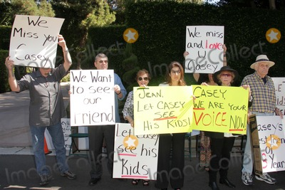Casey Kasem Photo - Ted Ball Tom Rounds Barbara Rounds Rana Makarem Eilene Olsen Charles Olsenat a protest involving Casey Kasems children brother and friends who want to see him but have been denied any contact  Private Location Holmby Hills CA 10-01-13