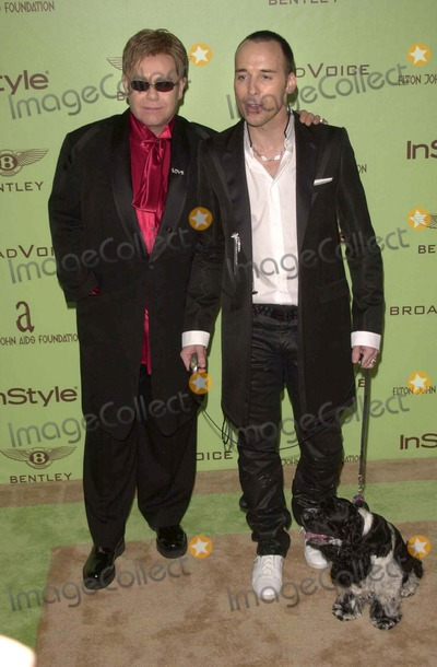 Elton John Photo - Elton John at the Sir Elton Johns 12th Annual Academy Awards Viewing Party in west Hollywood CA 02-29-04