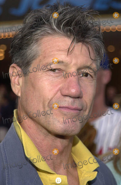 Fred Ward Photo -  FRED WARD at the premiere of Warner Brothers Summer Catch at Manns Village Theater Westwood 08-22-01